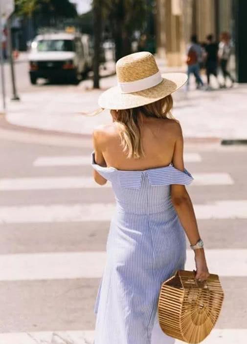 连衣裙配这5款鞋子,还有谁比你更加优雅迷人?