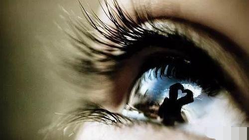 眼睛是心灵之窗,它正在不知不觉的透露着你心中的秘密