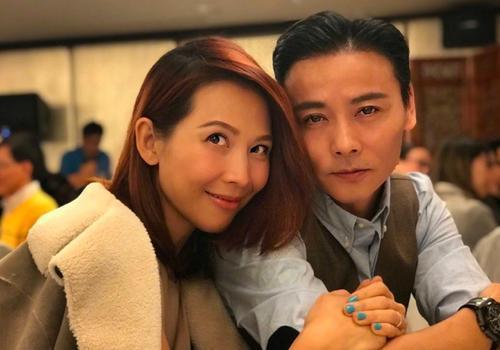 张晋晒视频纪念结婚十二周年,蔡少芬生三小孩状态依旧佳