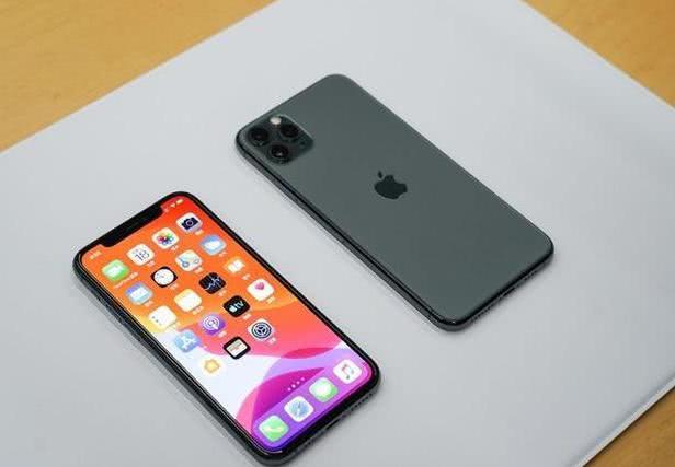 首发购买iPhone11系列用户吐槽:发热大,信号差!