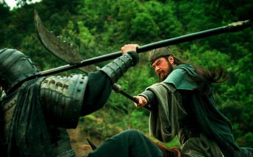 关羽军事能力到底有多强?为什么说蜀汉成也关羽,败也关羽?