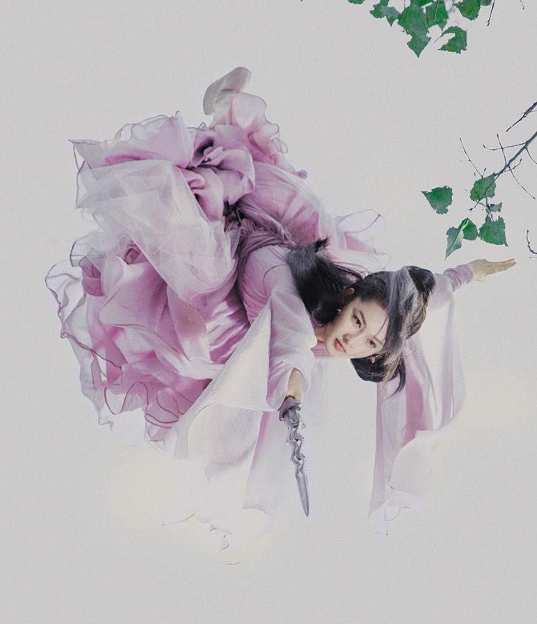 《诛仙》女神:李沁清冷绝美,孟美岐黑衣冷艳,刚结婚的她惊艳!