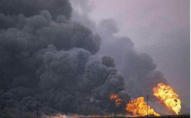 S300导弹遭火箭突袭:俄军苏34轰炸机报复,肆虐火箭阵地