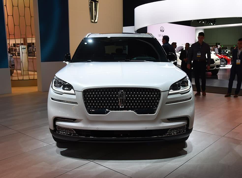 再过一个月,又一款重磅车型上市,比揽胜霸气,比X5便宜30万