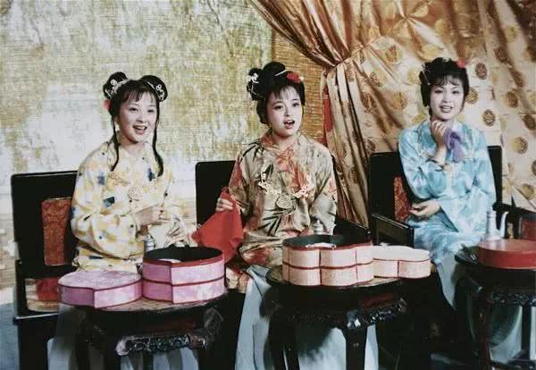 韩雪丽:从贾探春和贾迎春在家族的地位看古代庶女的生存之道