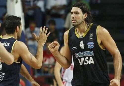 FIBA大杀器!39岁钻石狂砍23+10,一战创两大国际纪录