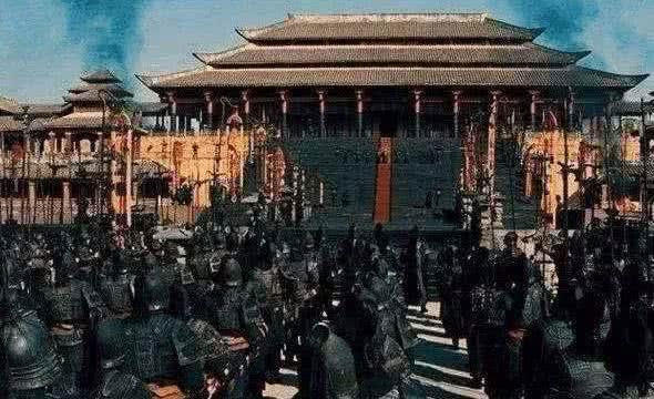古代边关将领远离京城且手握重兵,为何不敢造反?专家:皇帝不傻
