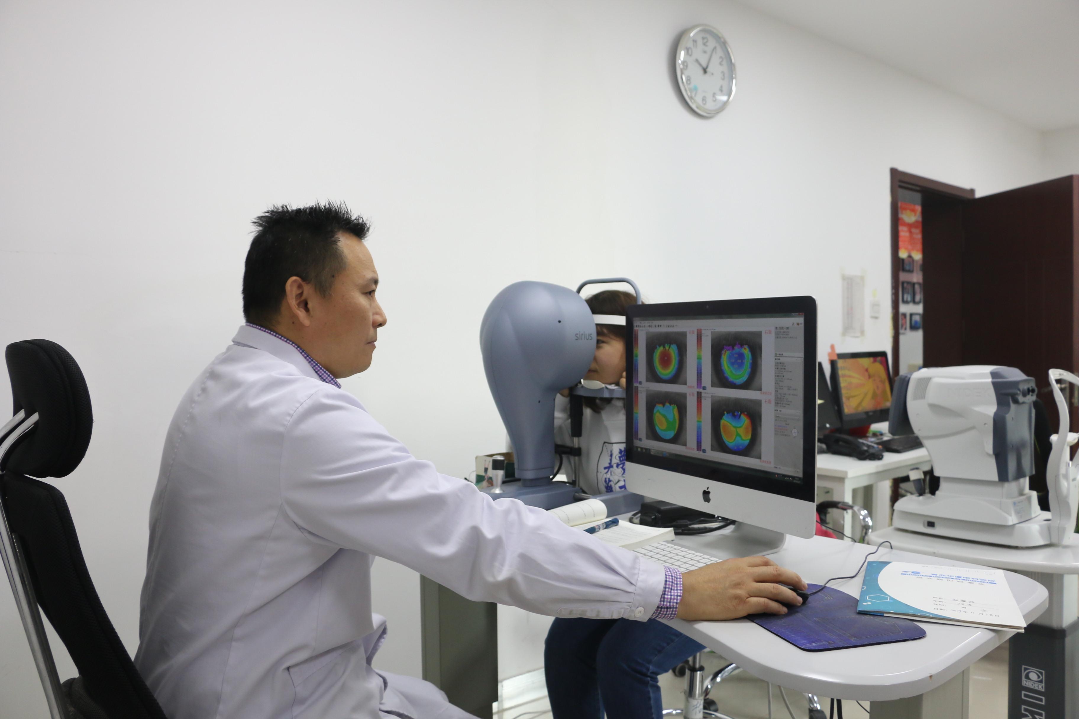 视力下降青岛眼科专家提醒那些需要警惕的眼病征兆