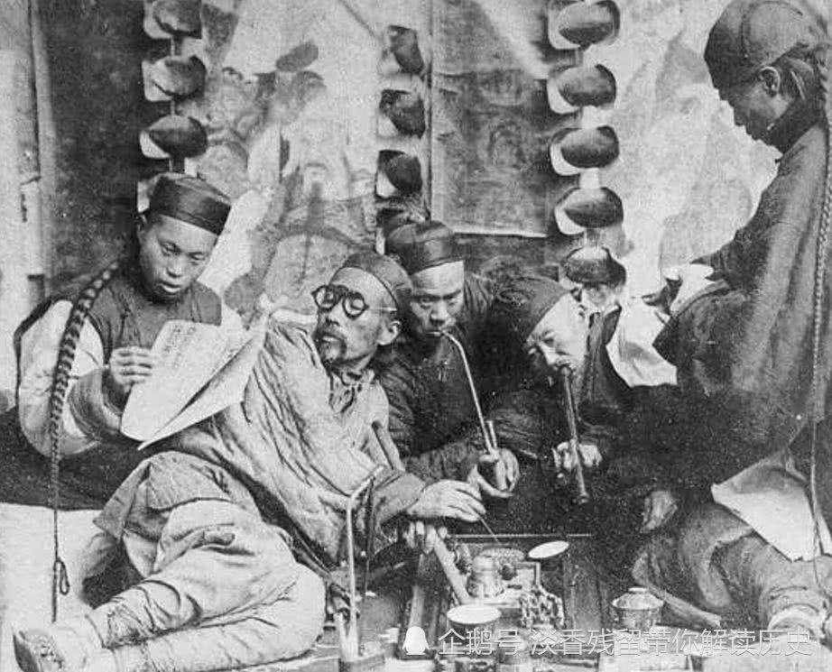 鸦片为什么能在清朝后期泛滥?原因是英国人撒谎鼓吹鸦片好处