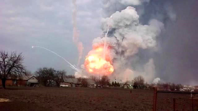 俄核导弹发射失败,遇难人数每天都在增加,切尔诺贝利惨案重演?