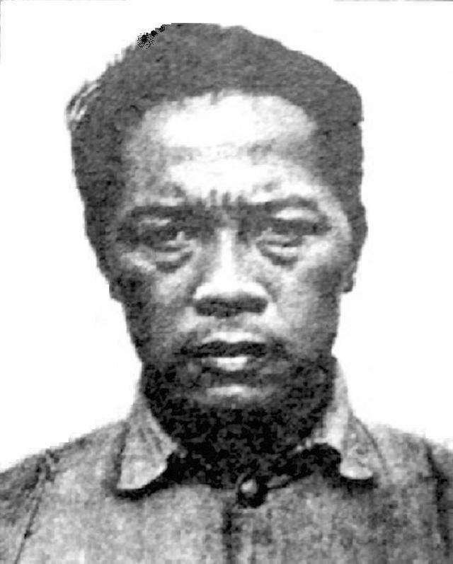 此人是抗日名将,解放战争却屡战屡败,因干一恶事,建国后被枪决