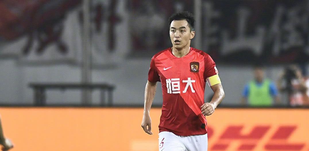 广州恒大逐步完成球员更新换代,冯潇霆等老将会逐步淡出球迷视野