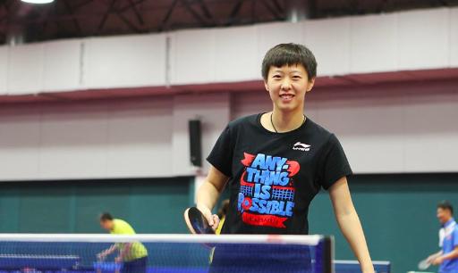 精彩跌宕,中国姑娘关键局8比10落后,连得4分淘汰日本名将