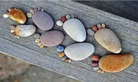 意大利艺术家Tina的创意石头画艺术