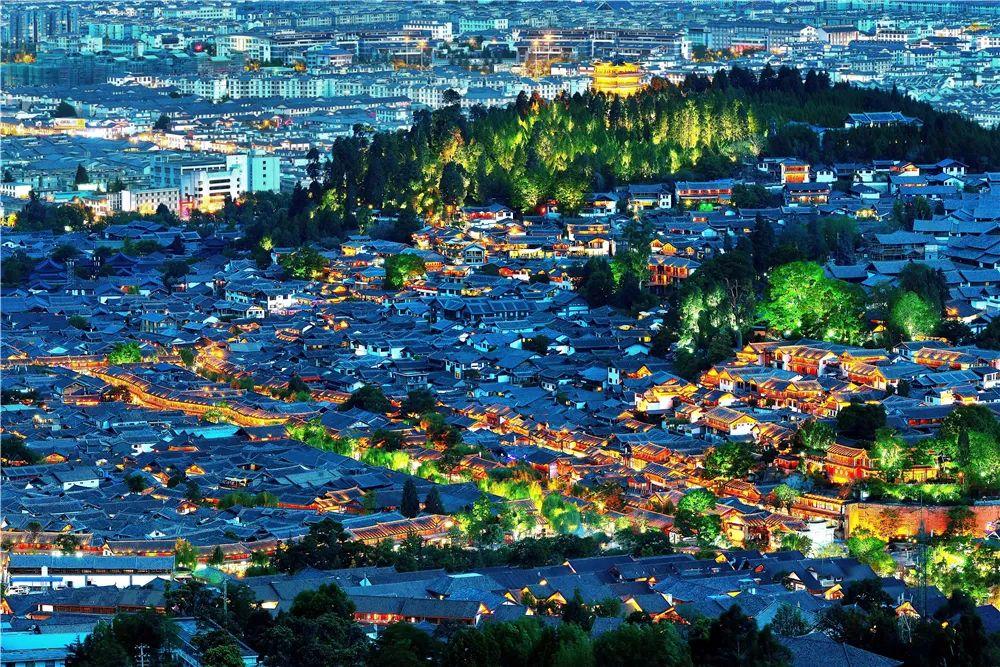 「黄金地段什么意思」占据黄金地段,每年耗资千万…丽江投入那么多搞这23个院落,究竟为什么?