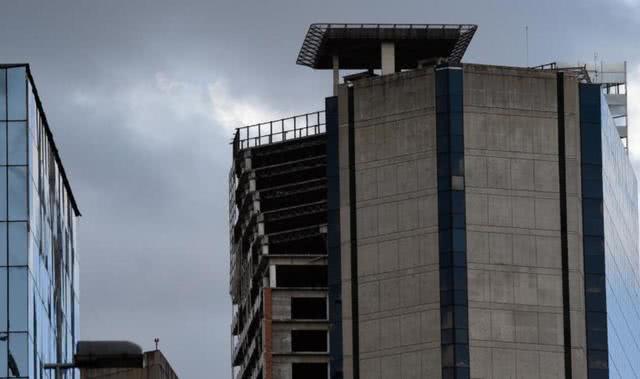 """世界最""""高""""贫民窟,楼层高45楼却没电梯,至今三千多人愿意住"""