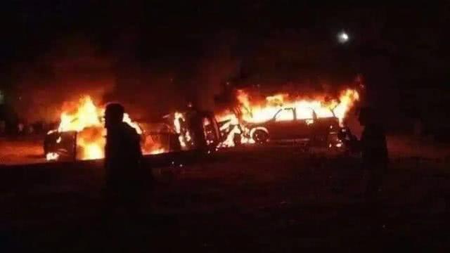 死伤惨重!美军刚又搞一起斩首行动,无人机突袭伊拉克民兵车队