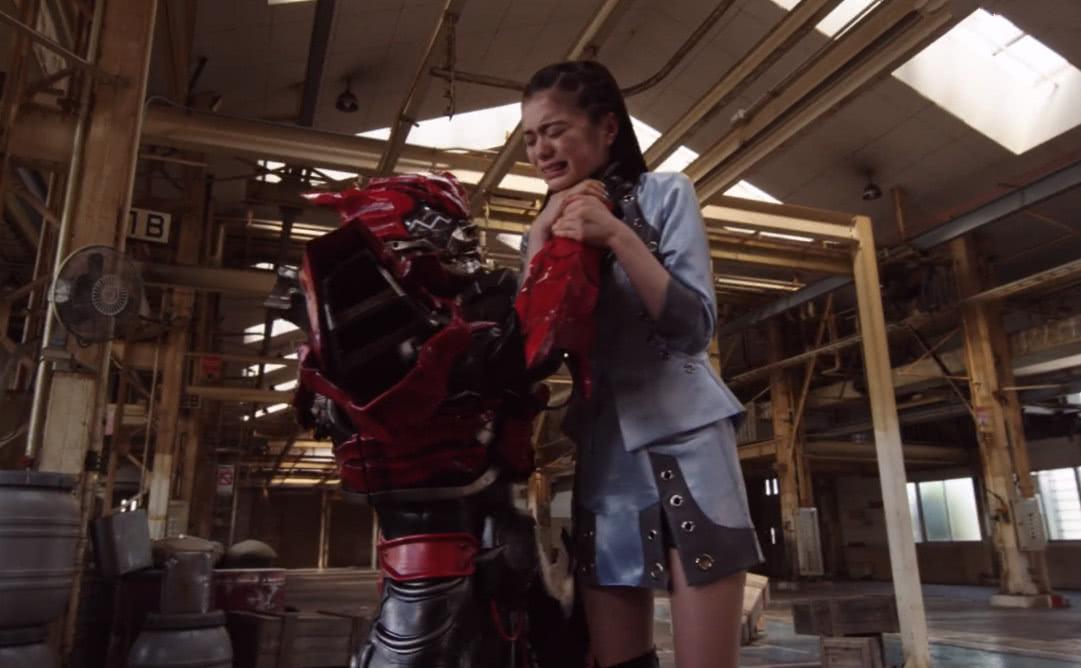 假面骑士时王:奥拉替身因腿太粗而穿帮,网友:替身比剪辑师便宜