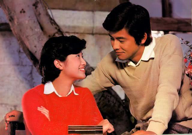 男神级影星三浦友和有多优秀,为何山口百惠事业巅峰期为他隐退?