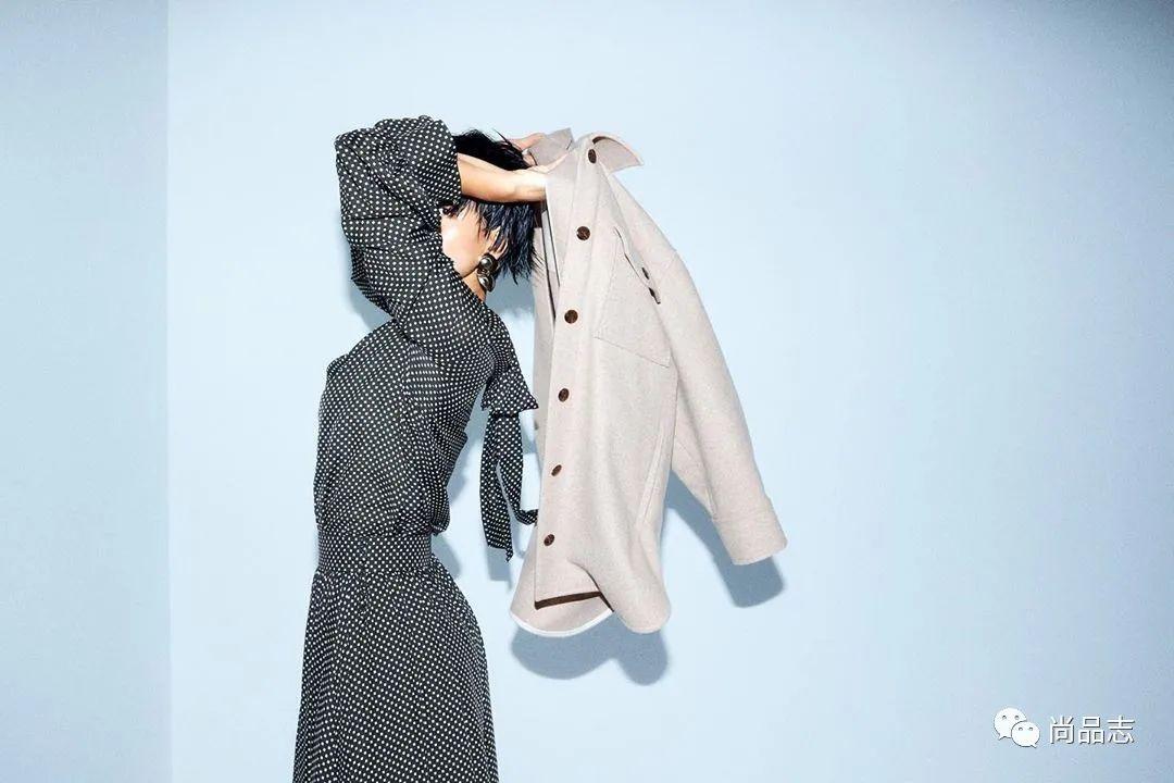 「胖子冬天穿什么外套」秋冬外套里面穿什么?