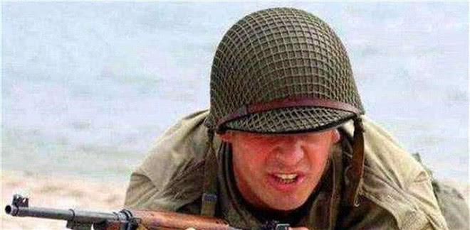 头盔罩渔网拯救20万美军,德军一法更高明,头盔用它罩更隐身