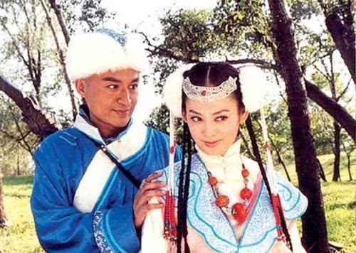 58岁马景涛近照曝光,一副油腻大叔的样子,沦落为农村婚礼歌手