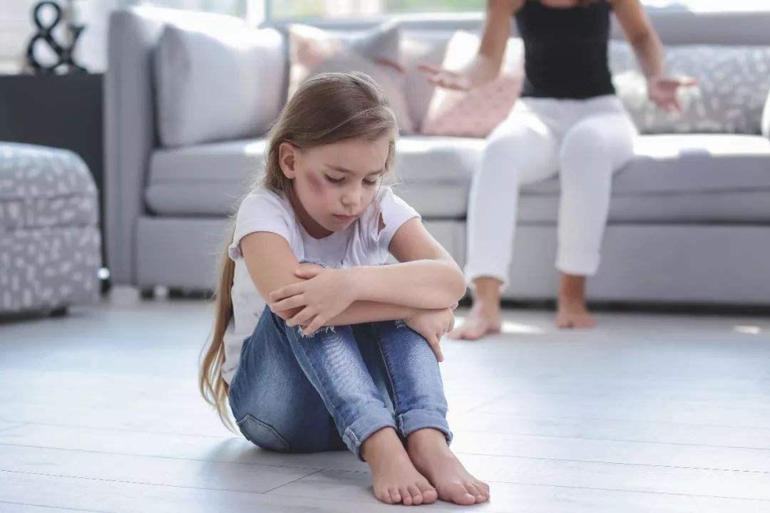 父母的这四种行为,会让宝宝严重缺乏安全感,尤其是第一个很准!