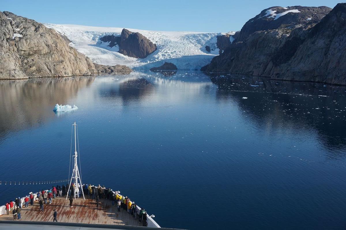 世界最大岛屿,一年各约5个月极昼和极夜,80%土地被冰层覆盖
