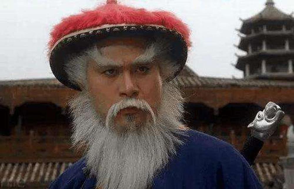 他是康熙除掉鳌拜的最大功臣,却背叛康熙,被康熙称为第1罪人