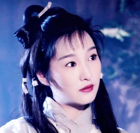 """4版""""李莫愁"""",第1位经典,第3位美艳,她才是真正的赤练仙子"""