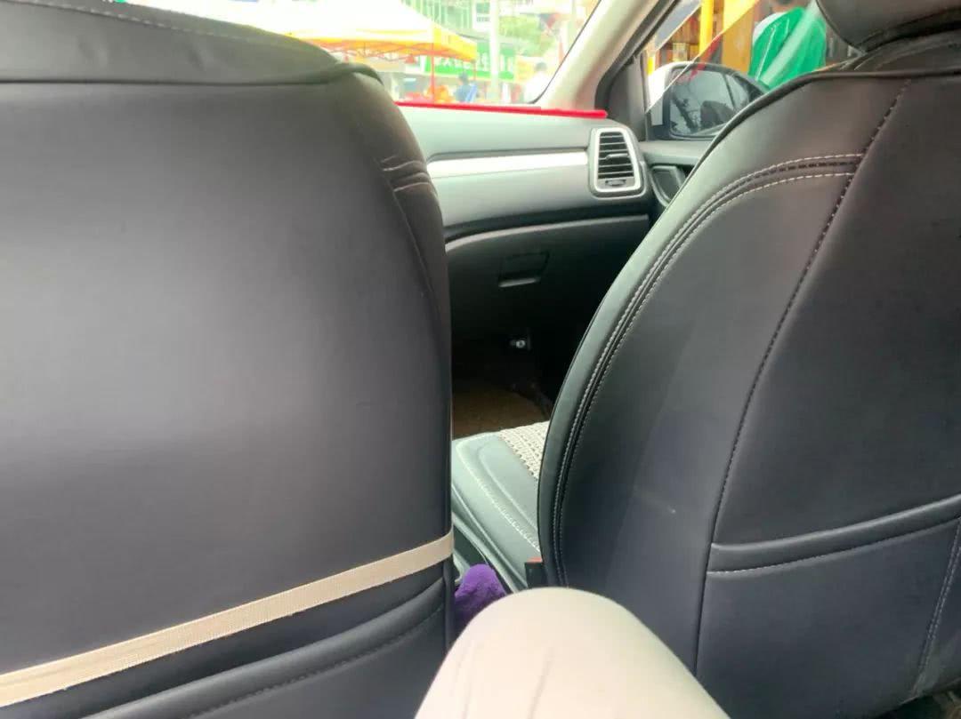贵阳乘客爆料:打车遇到副驾驶有偷拍摄像头,司机:我冤枉啊……