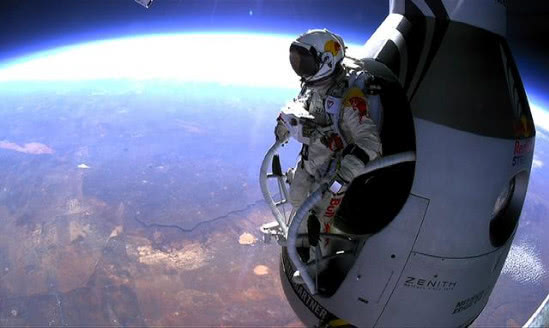 如果宇航员在太空中不幸遇难,他们的尸体该如何处理?答案很残酷