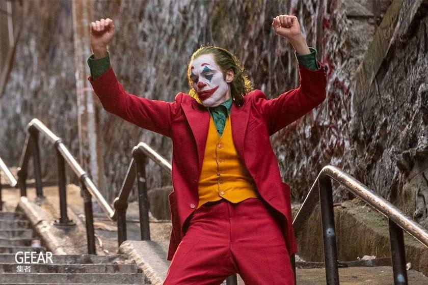 《小丑》夺下影展最高荣誉,男主角杰昆·菲尼克斯因何错失影帝!