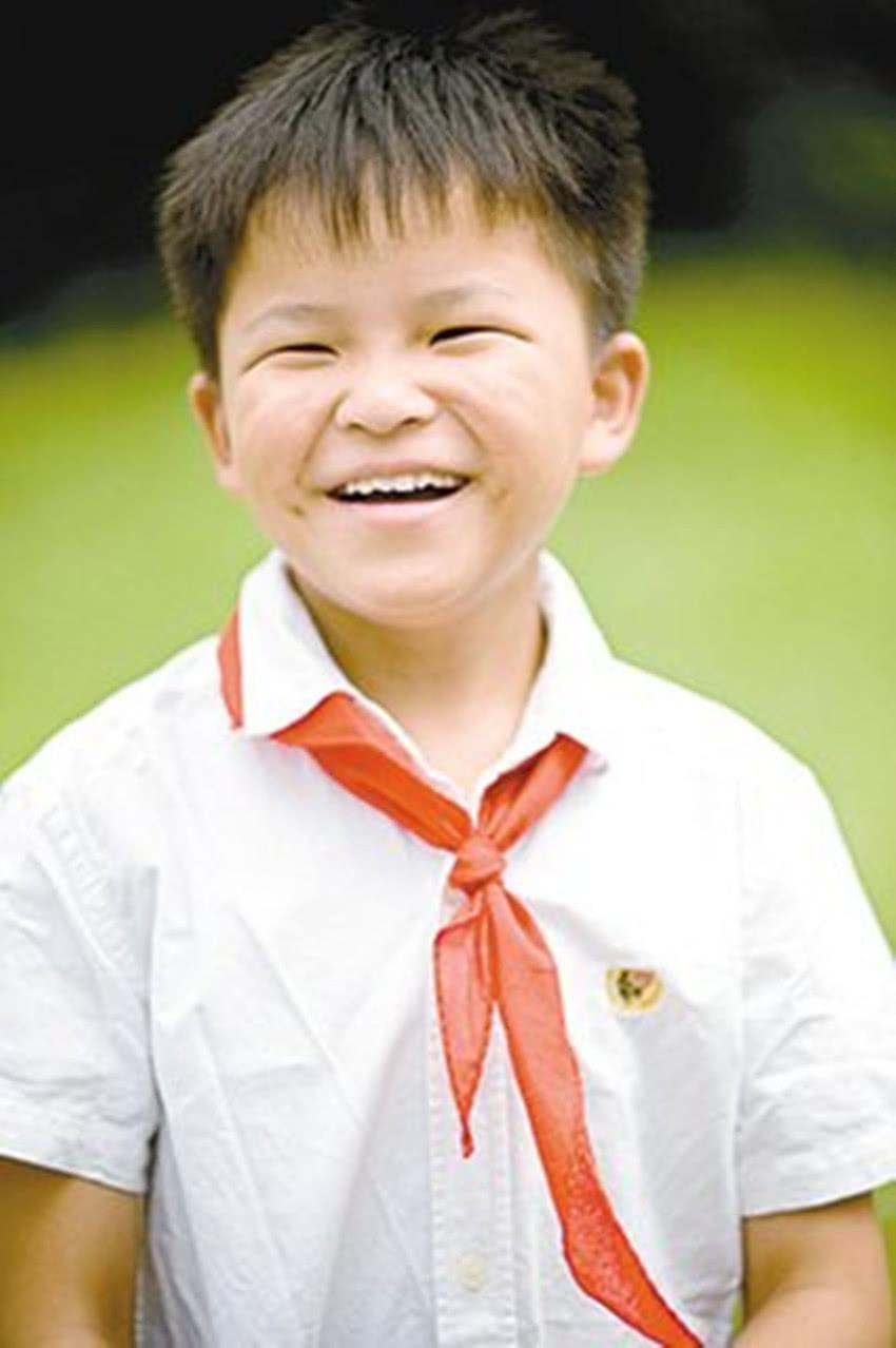 11年前汶川地震,年龄最小的救人英雄林浩,如今怎么样了?