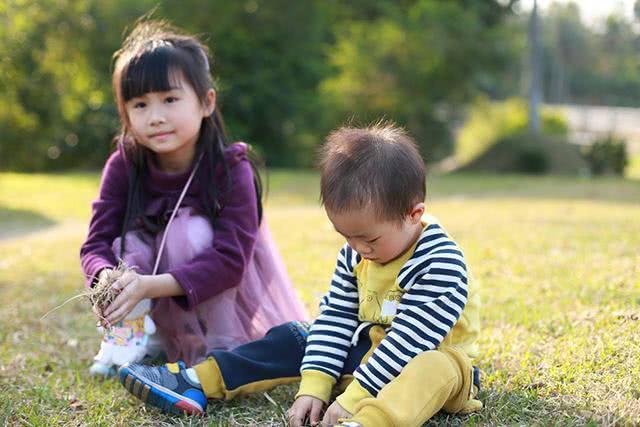 假如一胎和二胎都不是男孩,你还会生三胎吗?网友的回答,很现实