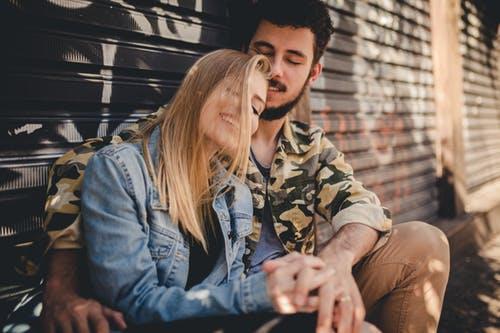 """判断一个男人是不是真的爱你,就看他有没有让你""""等太久"""""""