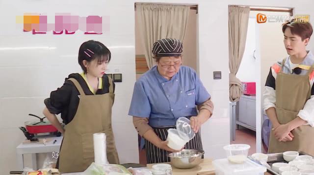 阚清子小时候爸爸不让她进厨房,听到爸爸的理由,马天宇都懵了!