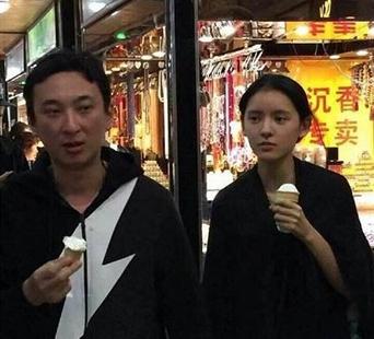 张予曦宣布和陈柏融分手,恋情仅持续两年,女方曾是王思聪前女友