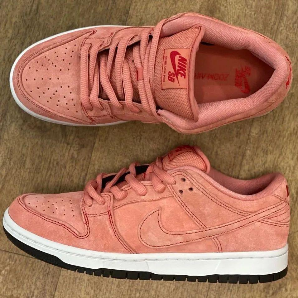 "Generoso experimental Objetor  Daily Shoes News   Nike SB Dunk Low ""Pink Pig"" spy photos released    DayDayNews"