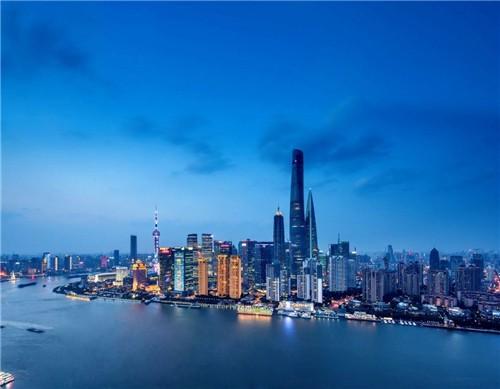 上海湯臣一品:當年花6億買地,10年只建成4棟,今一套房價值上億