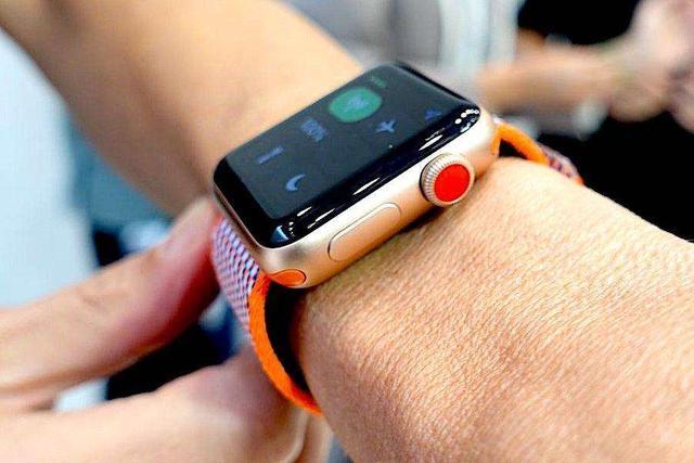 Apple+Watch+SE