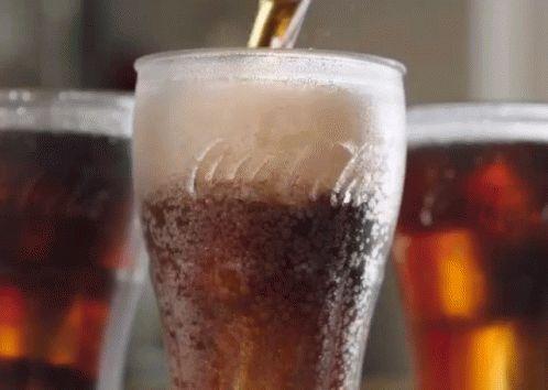 「零度可口可乐」可口可乐巨震!500个品牌砍一半,裁员4000人
