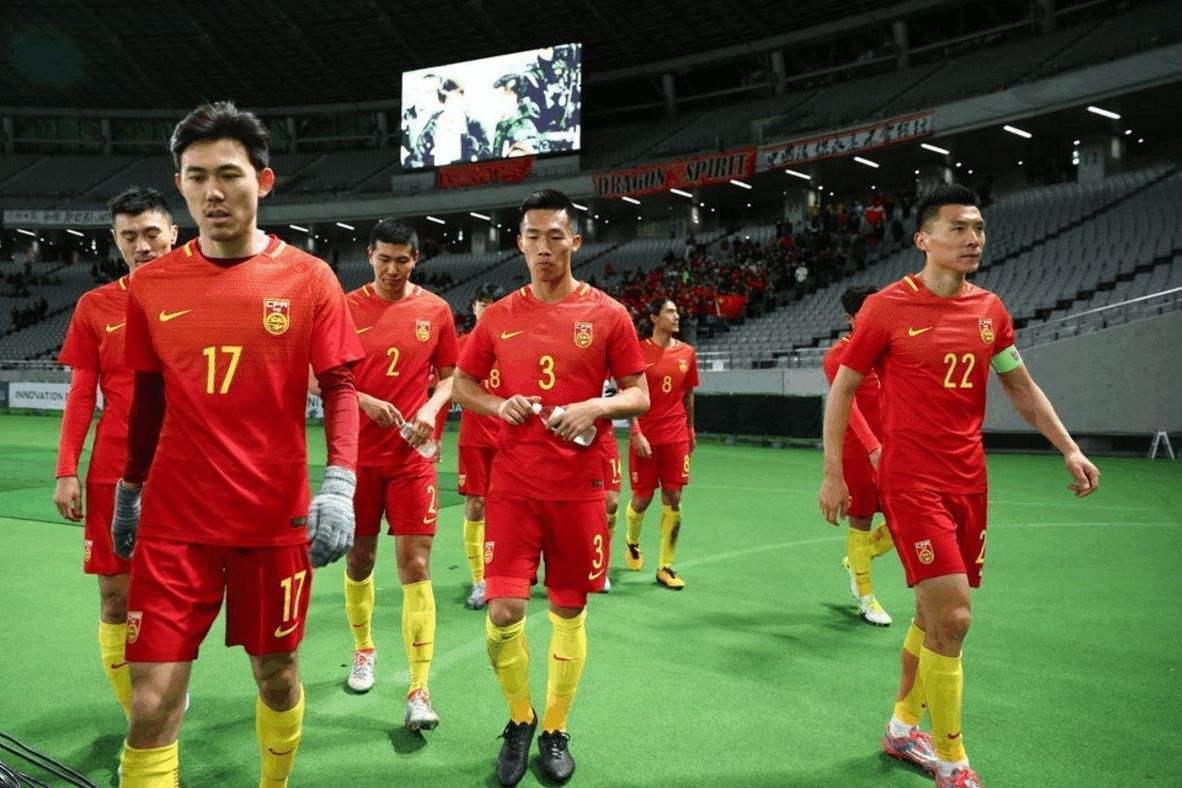 「调职降薪」降薪500万以下太正确!最新对比:中超球员5倍于日本,11倍于韩国