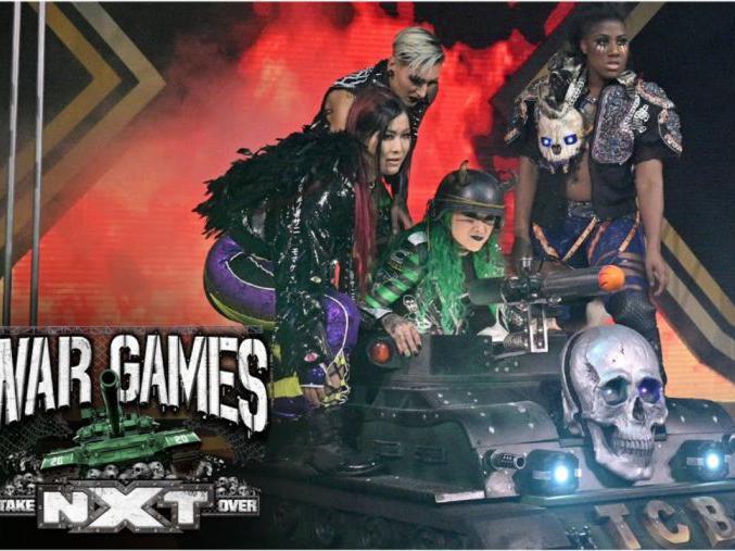 「世界战争游戏」2020NXT接管大赛:战争游戏 肖西开小坦克带队出场气场拉满