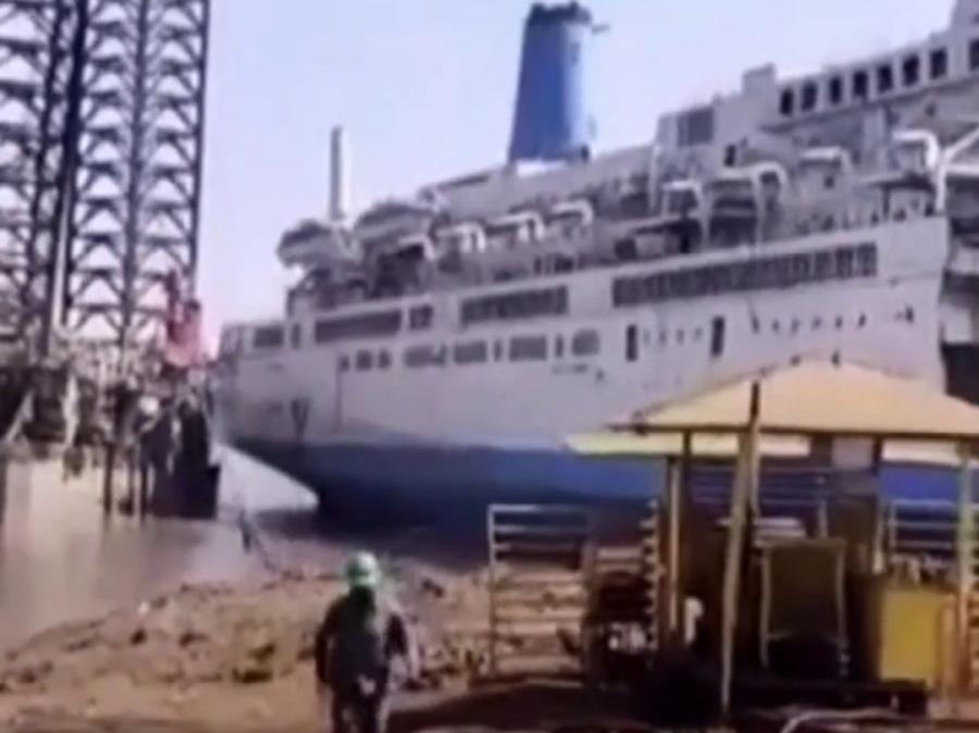「麻利怎么解释」手脚麻利是印度拆船厂招工第一条件