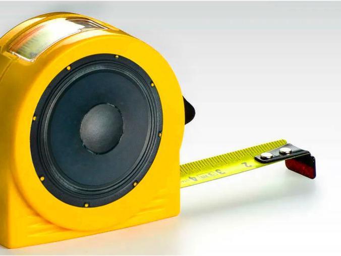 「米尺和卷尺的区别」把喇叭塞进卷尺里,秒变创意小音箱,真有创意