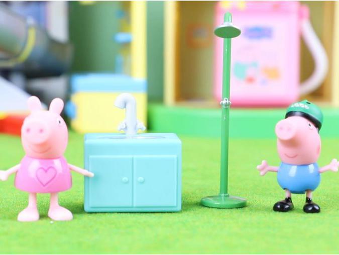 「小猪佩奇玩具视频大全免费」小猪佩奇:佩奇的洗漱台玩具分享