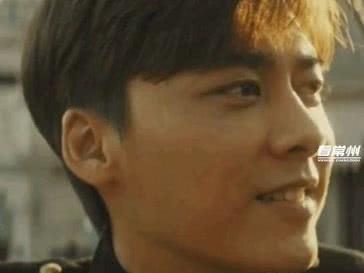 「隐秘和隐秘」新浪娱乐消息昨晚11月6日《隐秘而伟大》首播,李易峰深夜发长文谈感想,透露杀青的最后一场戏,自己哭到不能自已。
