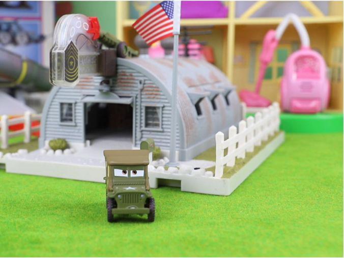 「光环士官长多强」赛车总动员:趣哥哥的珍藏 精工版士官长的军品商店玩具分享