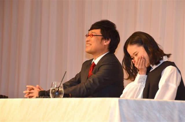 蒼井優閃嫁最丑諧星原因曝光,網友:這就是愛情啊 【無憂淺談影娛】